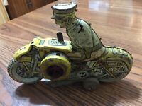 VINTAGE MARX MOTORCYCLE COP TIN LITHO TOY POLICE WIND UP MISSING SOME PARTS