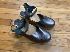 SVEN Clogs Pewter Metallic Cut Out Mary Jane Shoes Clogs Sz 41 11 Sandals