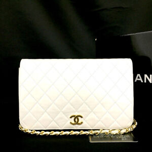 CHANEL White full Flap Quilted CC Logo Lambskin Chain Shoulder Bag/ 82358