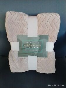 """Embossed Home Collection Throw Blanket 50"""" * 60"""" - Pink / Mauve"""