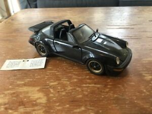 Franklin Mint 1988 Porsche 911 1:24 Die-cast Model