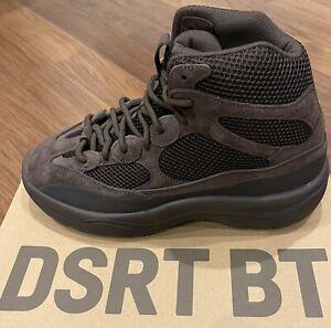 """Adidas Yeezy Desert Boot """"Oil"""" Size 10 EG6463"""