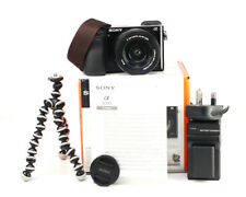 Sony A6000 Mirrorless Fotocamera +16-50mm OSS Kit Lenti-WIFI +1080p HD + 1,487 scatti