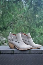 "JEFFREY CAMPBELL ""JONAS"" BOOTIES 8 Gray Suede FREE PEOPLE SHOES Western Ankle"