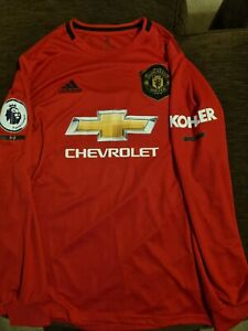 Manchester united long sleeved home kit. 2019/20. With McTominay 39 on back.