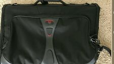 TUMI T-TECH Tri-Fold Carry-On TRAVEL GARMENT BAG LUGGAGE Suitcase/Shoulder Strap