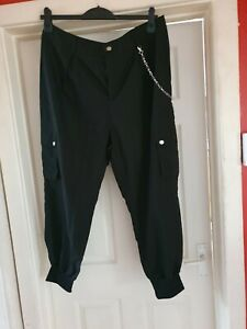 Bnwot Black cuffed hem chain detail trousers Size xl approx 16-18 by Shein