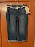 NWT! Riders by Lee DENIM Womens Size 6 Mid-Rise Capri with Belt 6M