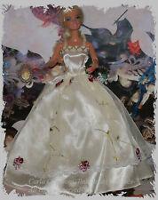 Magnifique Robe satiné voile Brodé de fleur poupée barbie mannequin vêtement