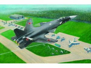 Trumpeter 1324 Sukhoi Su-47 Berkut 1/144 Scale Plastic Model Kit