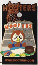 HOOTERS RESTAURANT HOOTIE/OWL BLEACHERS COLLEGE FOOTBALL LAPEL PIN (BLUE OUTFIT)