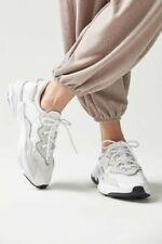 Adidas Ozweego Size US 8 White