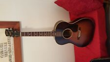 LG2 GIBSON BANNER GUITAR 14 1/4 In h bout
