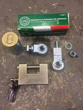 ROLLER SHUTTER GARAGE DOOR GROUND  LOCK WITH PADLOCK AND 10 SECURITY KEYS. H.D.