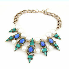 Markenlose Halsketten und Anhänger mit Perlen
