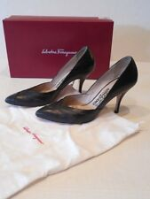 SALVATORE FERRAGAMO Italy BLACK Leather PUMPS Pointy SHOES Sz 7 w/ BOX & DUSTBAG
