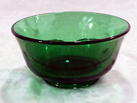 5 1/4 Inch Dia Forest Green Glass Candy/Relish/Dip Bowl /w Divider /Star Pattern
