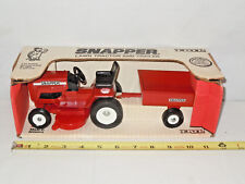 Snapper Lawn Tractor With Trailer Set By Ertl 1/12th Scale