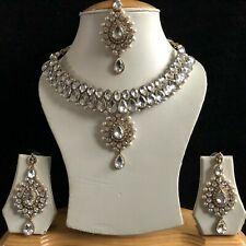 CLEAR GOLD INDIAN KUNDAN COSTUME JEWELLERY NECKLACE EARRINGS CRYSTAL SET NEW 224