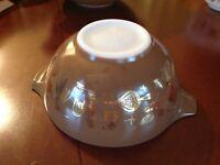 Vintage Pyrex 1 1/2 Qt Cinderella  Mixing Bowl Americana #442