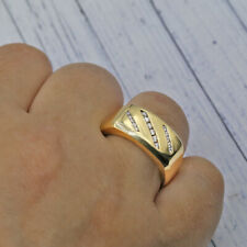 Mens Wedding band crafted in Yellow Gold