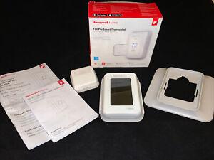 Honeywell T10 Pro Smart Thermostat with RedLINK (THX321WFS2001W)