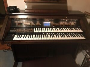 Roland Atelier 80S Luxury Organ, very good condition, cheapest in UK, BARGAIN