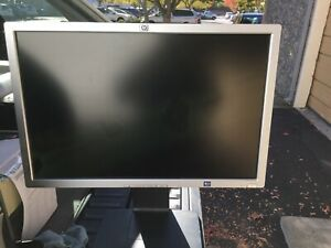 "HP LP2465 24"" LCD Monitor 1920 x 1200 (60Hz) DVI USB LCD with Stand & Cables"