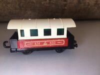 Matchbox Eisenbahn Lesney Nr.44 -Passenger Coach Zug Waggon mit Scheiben Railway