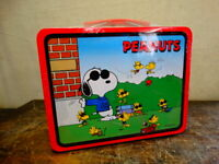 """Sealed, Limited Edition """"Joe Cool"""" Snoopy, Peanuts Gang Lunchbox, 1998 w/ Candy"""