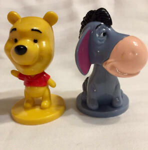 Disney Set of 2 Winnie The Pooh Mini Bobble Head Figures 2003 Eeyore Pooh Kellog