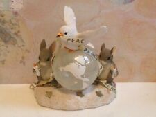 Charming Tails A World Of Good Wishes-mice mouse figurine dove peace globe 2000