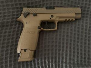 SIG SAUER P320 CO2 .177 Coyote Pellet Pistol - Tan