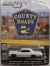 WHITE 1967 CHEVROLET IMPALA GREENLIGHT 1:64 SCALE DIECAST METAL MODEL CAR
