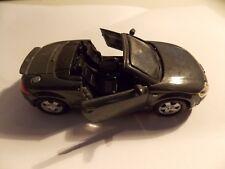 AUDI TT - Roadster - Gris - 1/36 - Maisto.
