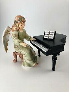Goebel Engel Gloria Himmlische Klänge Engel spielt Klavier