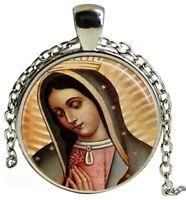 Collier Pendentif Sainte Vierge Marie, Religion, chaine argenté.