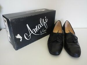 """Size 8.5 C Women's """"Amalbi by Rangoni"""" Shoes. Great Condition. Bargain Price."""