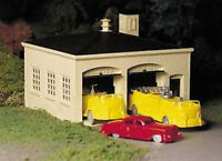 Bachmann Plasticville 45610 Fire House & Vehicles O Gauge Plastic Model Kit T48P