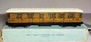 Hornby Dublo corridor coach NE First Third LNER 42759 (156F)