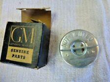 NOS GM GAS CAP 1959-1963 OLDSMOBILE 1957-1960 BUICK 1959-1965 CADILLAC 577378