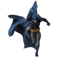 MAFEX No.105 MAFEX BATMAN (HUSH) Action Figure Medicom Toy PREORDER June2020
