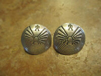 SPLENDID Vintage Hopi Sterling Silver MAN in a MAZE Earrings