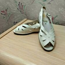 Spring Step White Cut-Out Leather Slingback Wedge Shoes Sandal 37 (US 61/2 - 7)