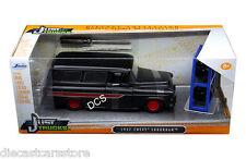 JADA  1957 CHEVROLET SUBURBAN EXTRA WHEELS BLACK 1/24 DIECAST CAR 97686