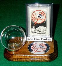 New York Yankees MLB Baseball Holder Sports Card Display Logo Gift