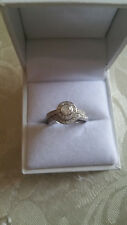 Genuine 18ct White Gold Halo Diamond Ring - Engagement Ring with Certificate
