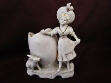 ancien vide poche-oeuf-porcelaine-biscuit-jeune fille et lapin-germany2107
