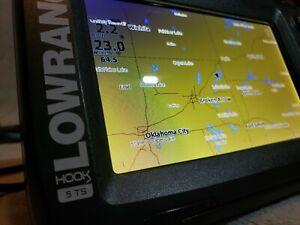 Lowrance Hook Reveal 5TS