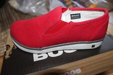 NWOB Bogs Shoes Youth Size 2 Malibu Canvas Slip red